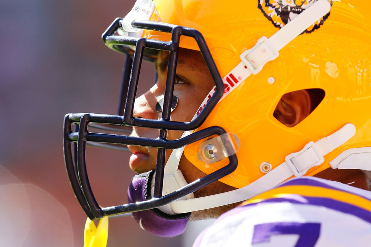 KNOXVILLE, TN - OCTOBER 15:  Tyrann Mathieu #7 of the LSU Tigers warms up prior to facing the Tennessee Volunteers at Neyland Stadium on October 15, 2011 in Knoxville, Tennessee.  (Photo by Kevin C. Cox/Getty Images)