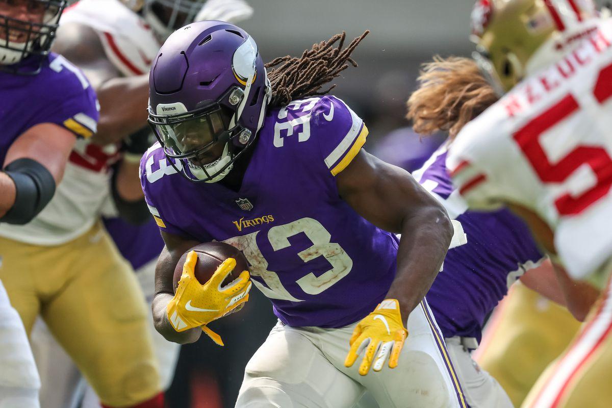 NFL: San Francisco 49ers at Minnesota Vikings