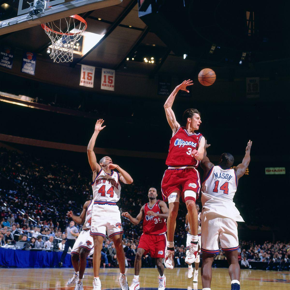 Los Angeles Clippers v New York Knicks