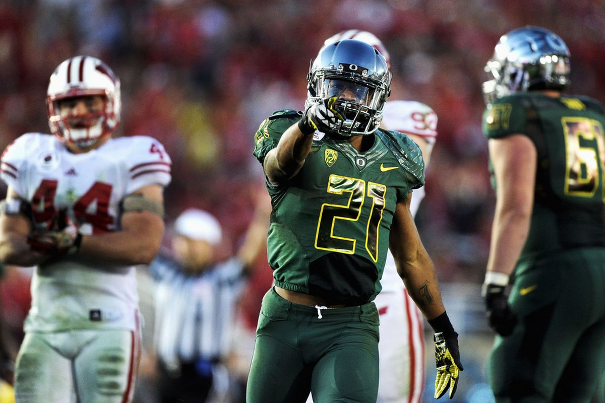 PASADENA, CA - JANUARY 02:  Running back LaMichael James #21 of the Oregon Ducks reacts in the second half against the Wisconsin Badgers at the 98th Rose Bowl Game on January 2, 2012 in Pasadena, California.  (Photo by Harry How/Getty Images)