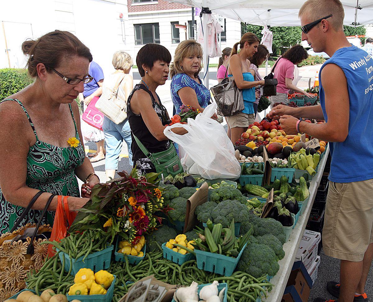 A Farmers Market in Burr Ridge.   File Photo by Joe Cyganowski-For Sun-Times