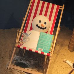 This snowman is loving the tropical heat