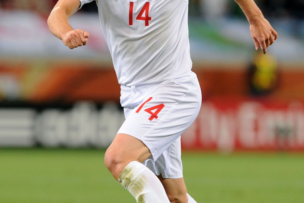 Gareth Barry in action during England's goalless draw with Algeria. (Picture from Getty images)