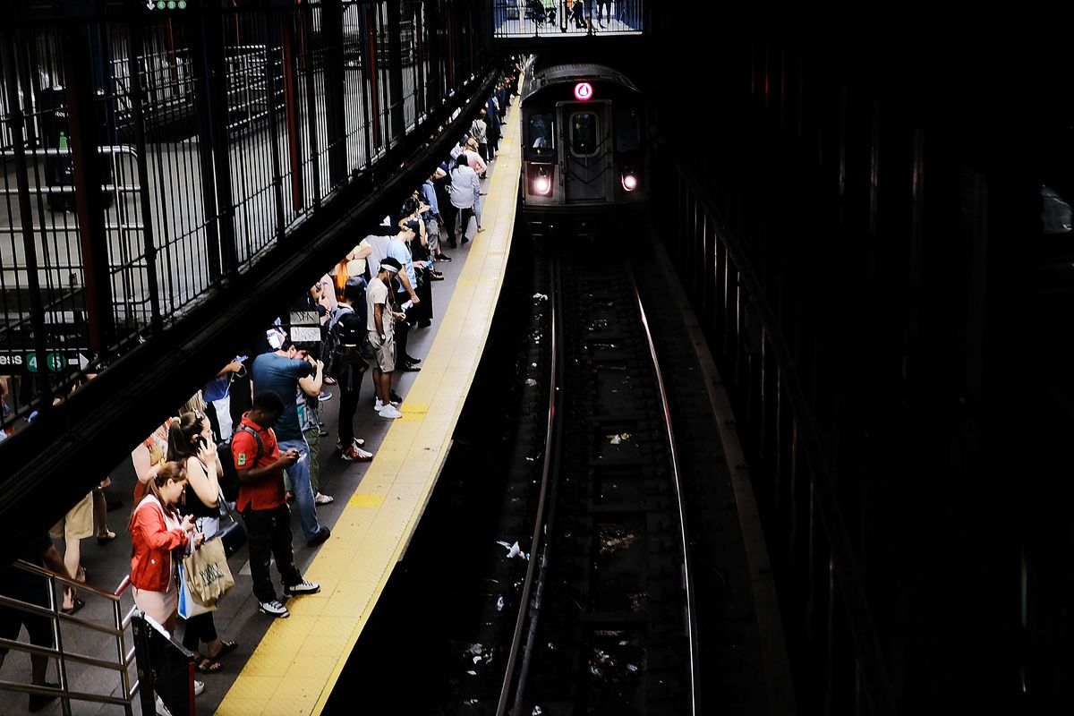 MTA Bans Alcohol Advertising On Subways And Buses
