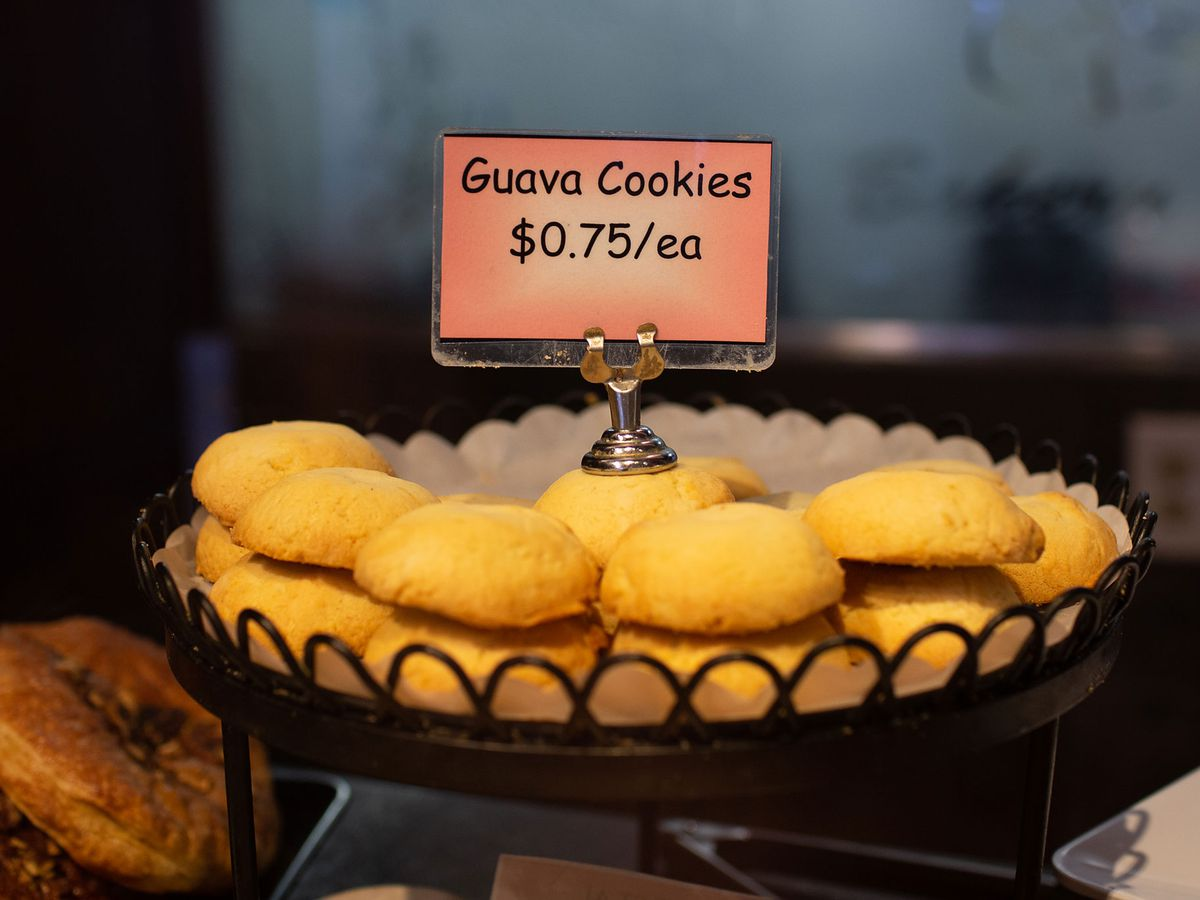A picture of small, thumb-sized cookies on a tray at An Xuyen
