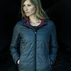 """San Francisco can be chilly for outdoor workouts. If you're looking for a layer that can breathe, move, and keep you warm, Jenn suggests <b>Aether's women's shelter hoodie</b>. It's """"the jacket everybody at Basic Training wears every day in SF in the wint"""