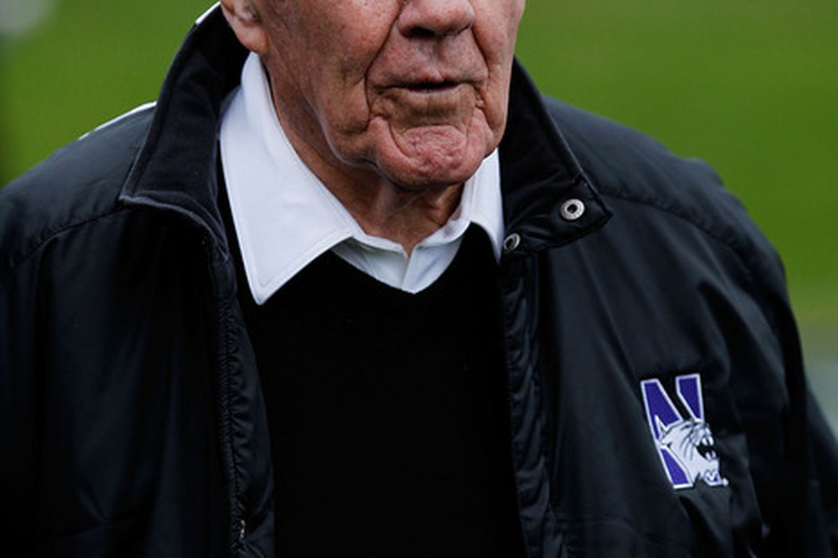 MACwood Squares is for athletes. Ara Parseghian was an athlete. So how much should we include coaching resumes?