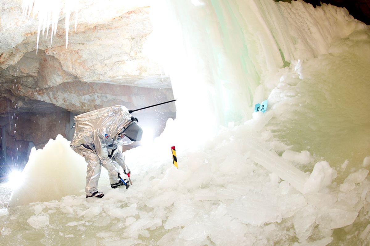 AWF Mars ice cave Austria