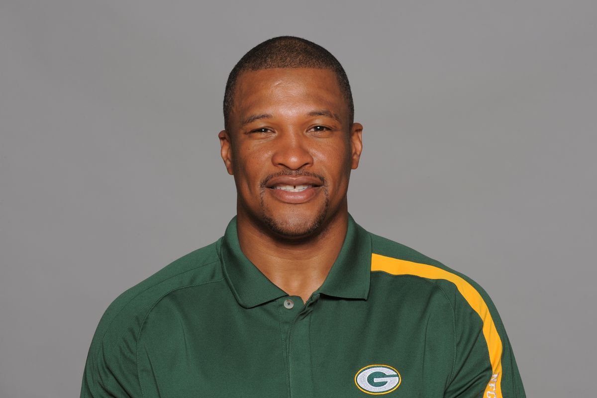 Packers Assistant Darren Perry In The Mix For Titans Dc Job Per Report Acme Packing Company