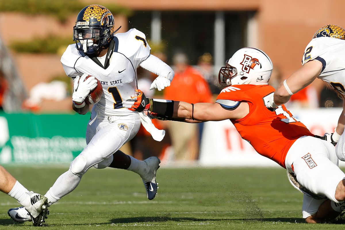 MACTION is one of the perks of bowl season. This here's Kent State running back Dri Archer. Remember the name.