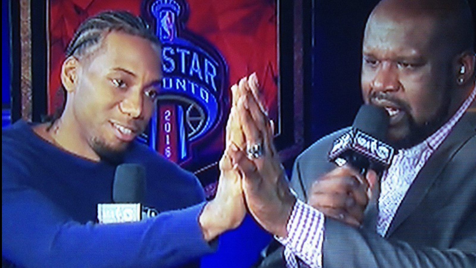 Kawhi Leonard has hands the size of Shaq and still somehow ...