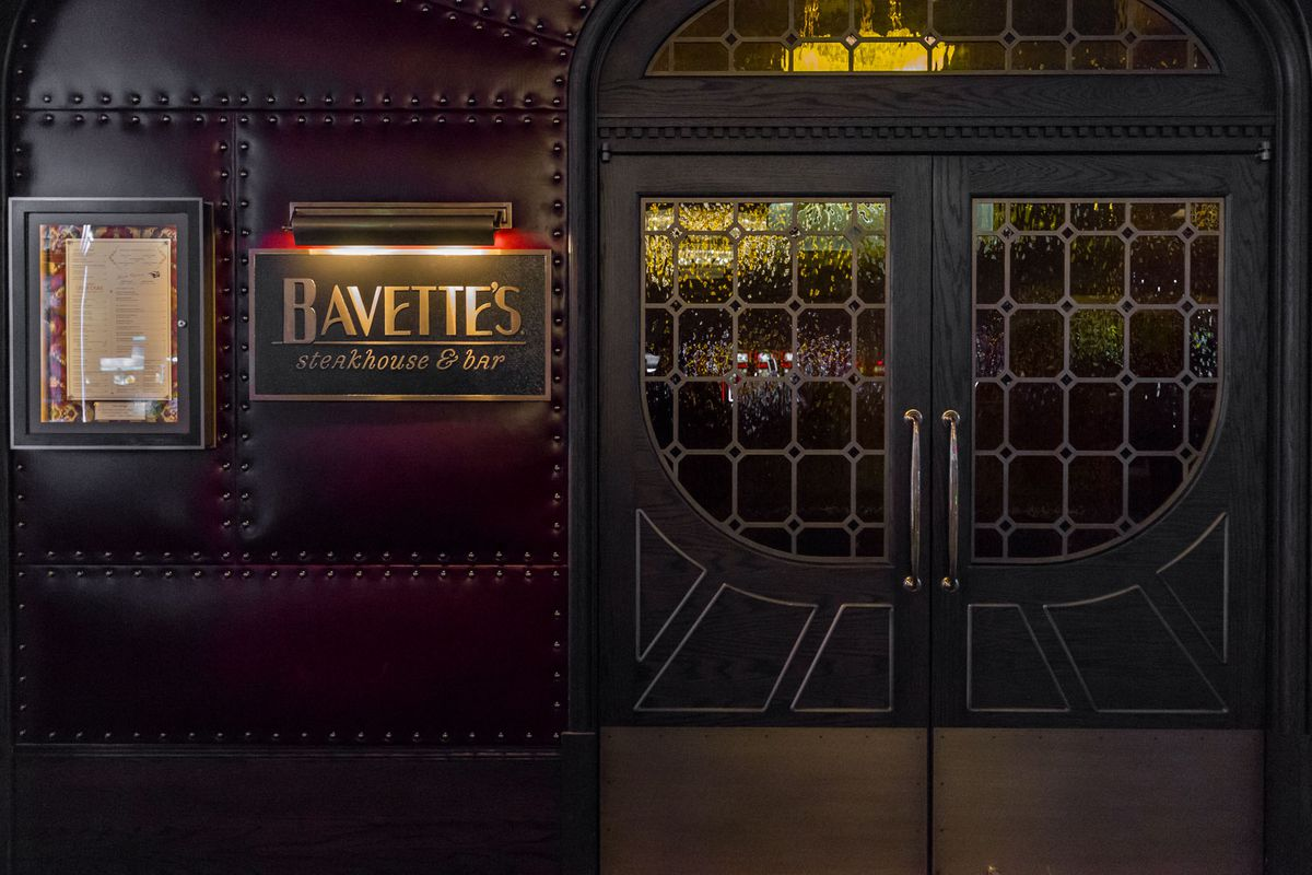 The entrance to Bavette's