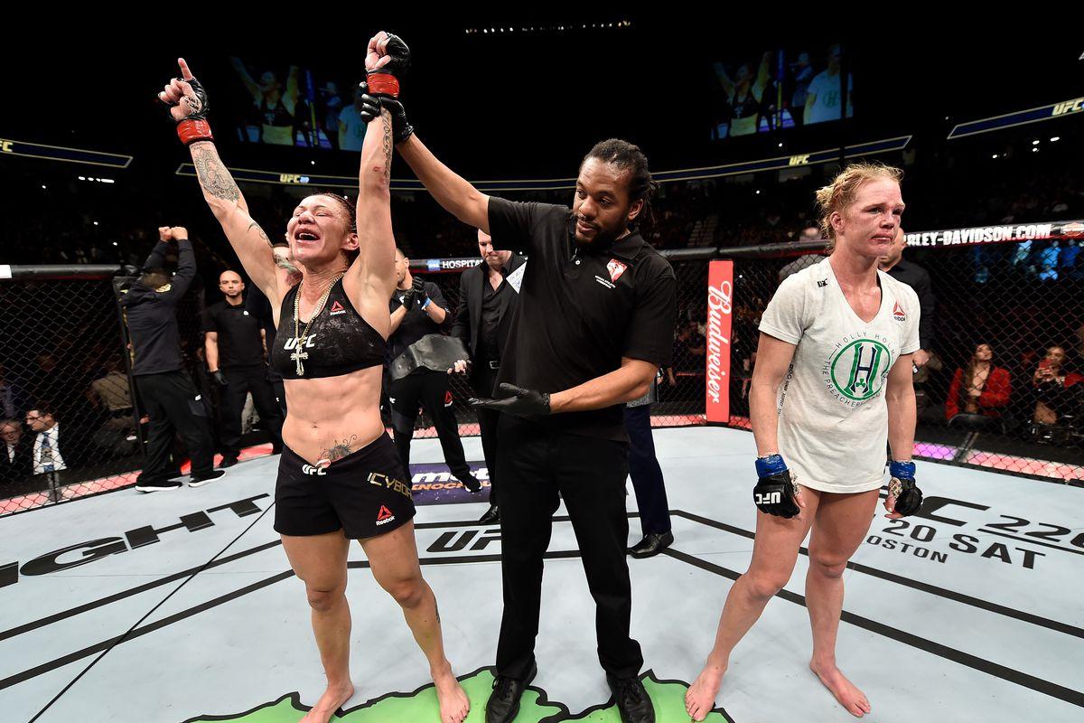 UFC 219: Cyborg v Holm
