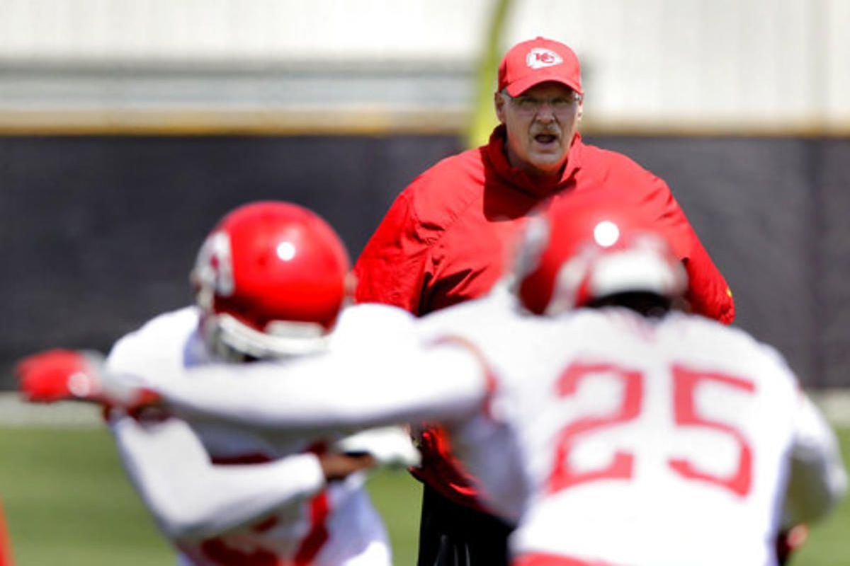 Kansas City Chiefs head coach Andy Reid watches during the team's organized team activity at its NFL football training facility Tuesday, May 23, 2017, in Kansas City, Mo. (AP Photo/Charlie Riedel)