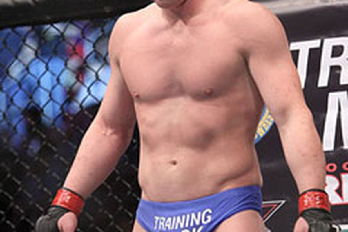 """Dennis Hallman waits for the bell at UFC 133. <em>Photo by <a href=""""http://www.combatlifestyle.com"""" target=""""new"""">Tracy Lee</a> for Yahoo! Sports</em>"""
