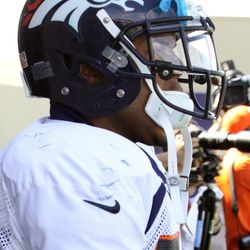 Broncos RB Lance Ball makes his way to the practice field