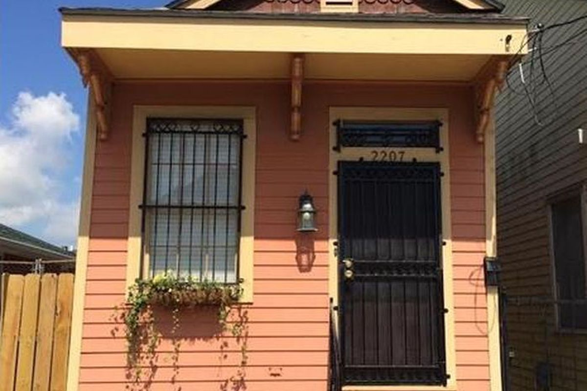New Orleans Rent: What $950 rents you in New Orleans ... on amazon bathroom designs, 1 2 bathroom designs, target bathroom designs, seattle bathroom designs, home bathroom designs, msn bathroom designs, pinterest bathroom designs, hgtv bathroom designs, economy bathroom designs, family bathroom designs, walmart bathroom designs, google bathroom designs,