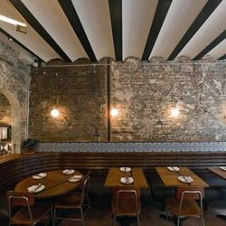 """<a href=""""http://ny.eater.com/archives/2011/08/inside_seamus_mullens_tertulia_opening_monday.php"""" rel=""""nofollow"""">New York: Inside Seamus Mullen's Tertulia, Opening Monday</a> - Photo: <a href=""""http://www.danielkrieger.com/"""" rel=""""nofollow"""">Krieger</a><br />"""