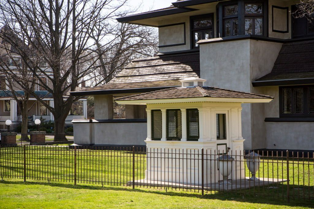 A ticket booth from the 1893 World's Fair now sits in the yard at the Hills-DeCaro House at 313 Forest Ave. in Oak Park. | James Foster / Sun-Times