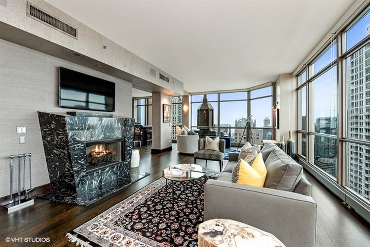 Full floor penthouse level at the pinnacle lists for 4 for Penthouses for sale los angeles