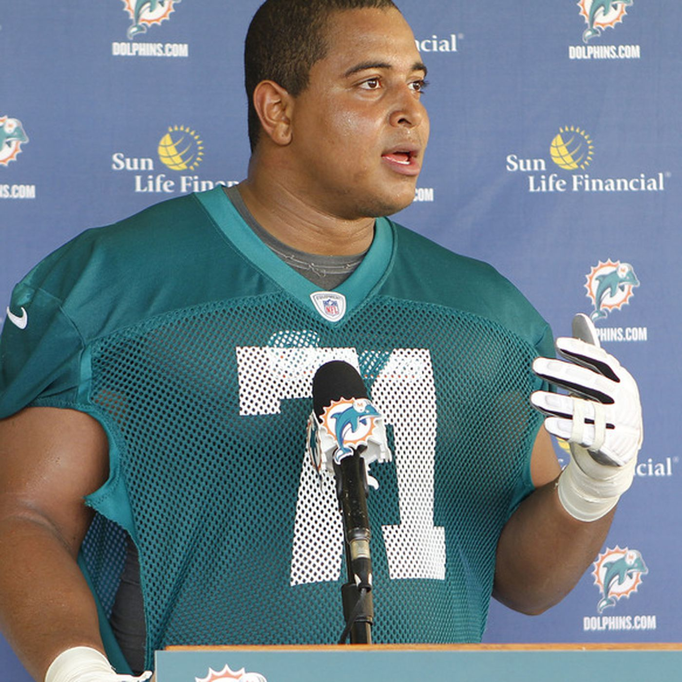 Miami Dolphins Sign Draft Pick Jonathan Martin To 4-Year Contract ...