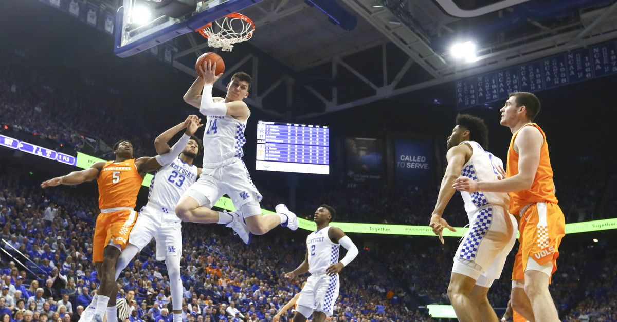 With a month to go until Selection Sunday, this weekend gave us a new high-scorer for the season, a new craziest game-winner, and a new No. 1 team.