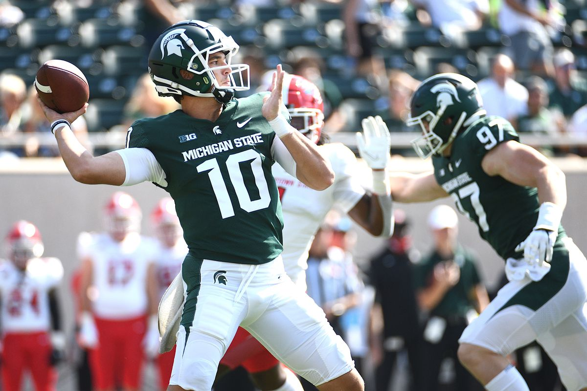 NCAA Football: Youngstown State at Michigan State