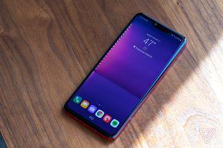 LG G8 ThinQ review: many gimmicks, not enough progress