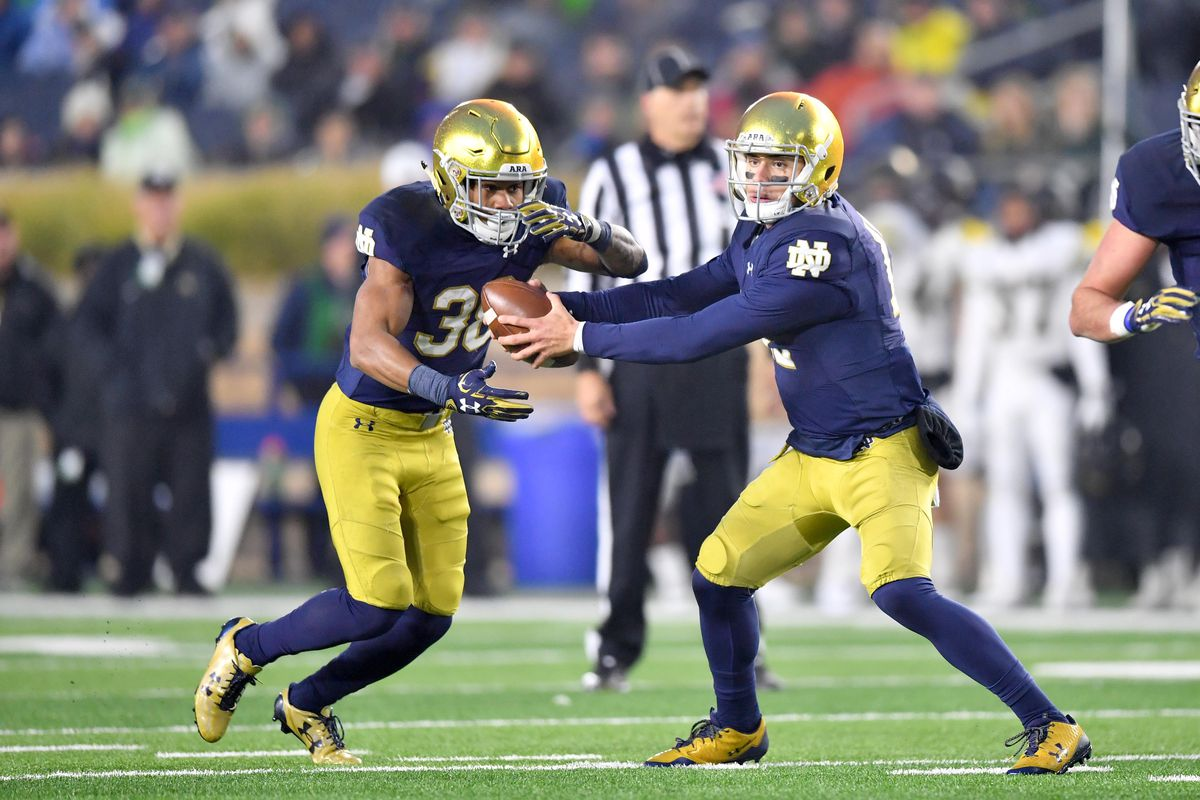 Former Notre Dame Running Back Deon Mcintosh Heads To Washington State One Foot Down