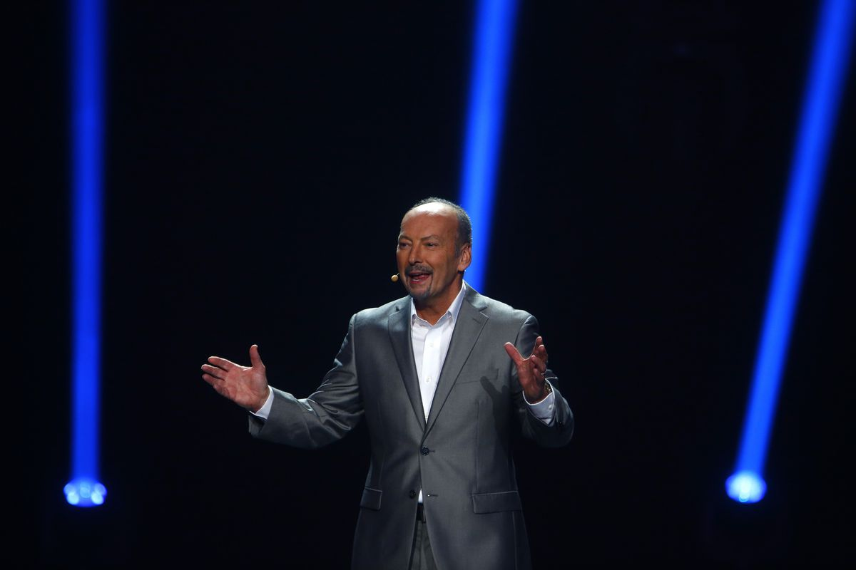 Peter Moore speaking at E3 2012