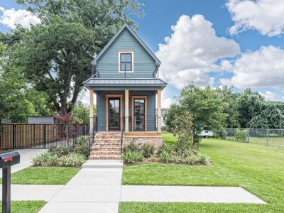 Fixer Upper?s ?tiny house? wants nearly $1 million