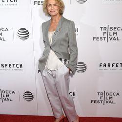 Lauren Hutton wears Armani.