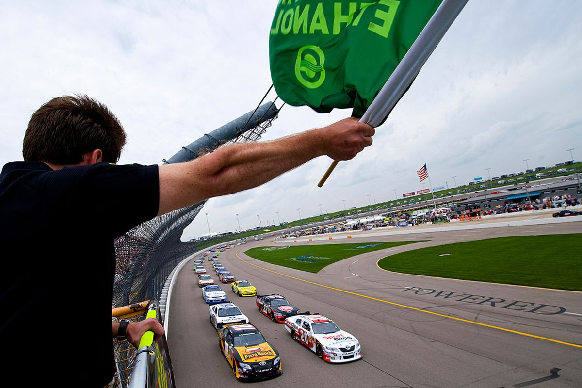 NEWTON, IA - MAY 22: The field races to the green flag to start the NASCAR Nationwide Series Iowa John Deere Dealers 250 at Iowa Speedway on May 22.
