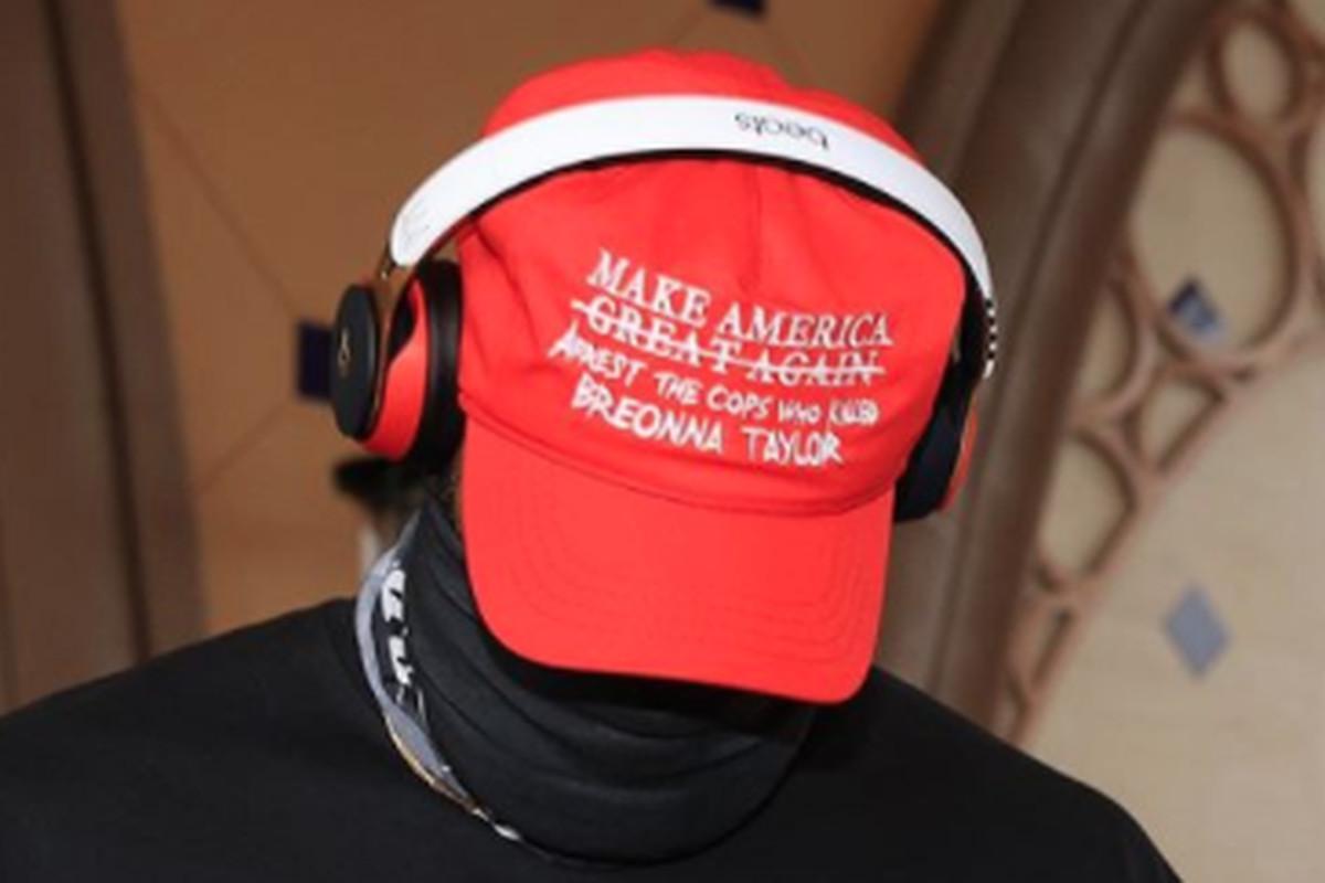 LeBron James turns MAGA hat into social ...
