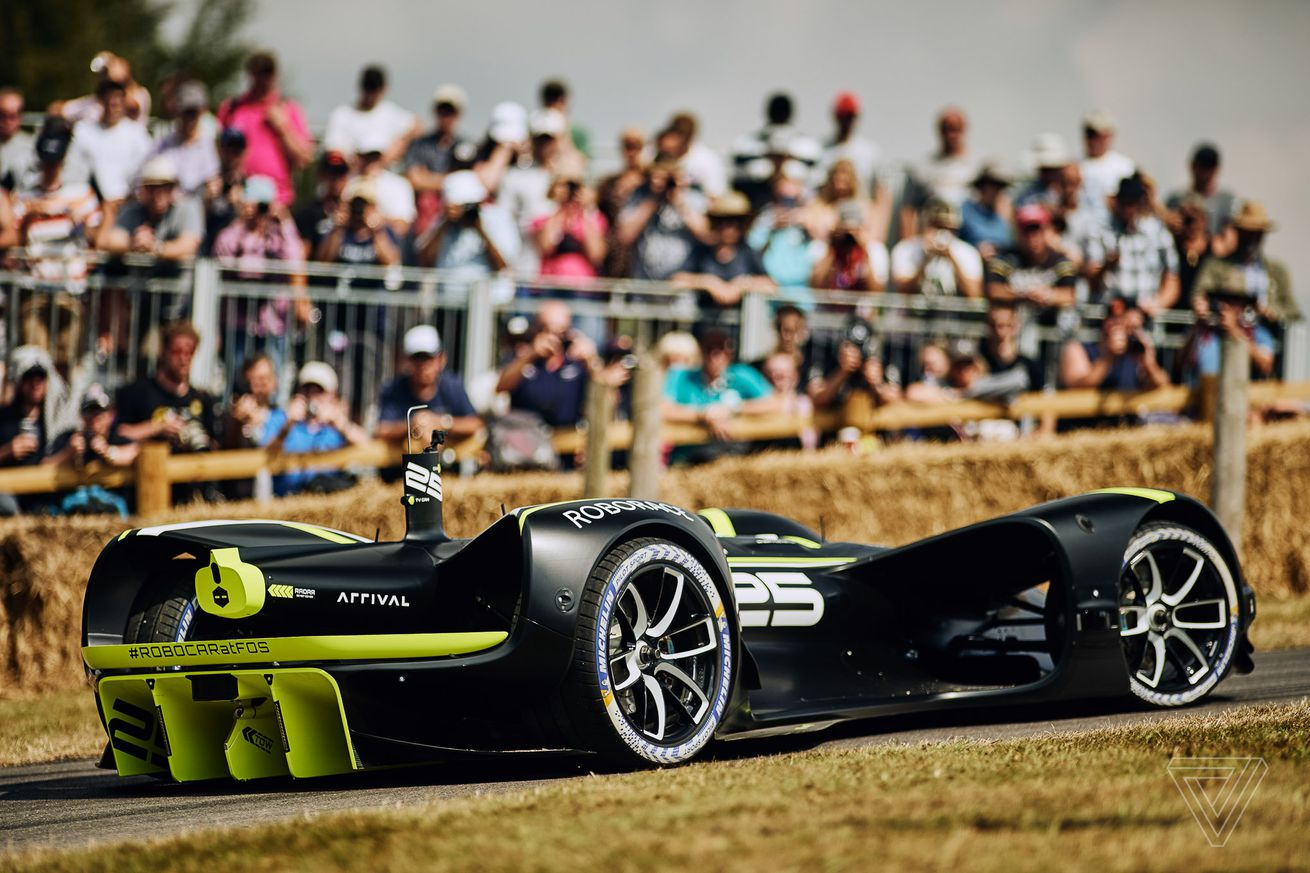 robot racecars storm the most glamorous hill in motorsports
