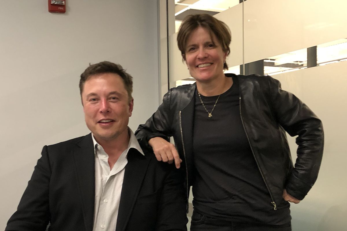 Full Q&A: Tesla and SpaceX CEO Elon Musk on Recode Decode - Vox