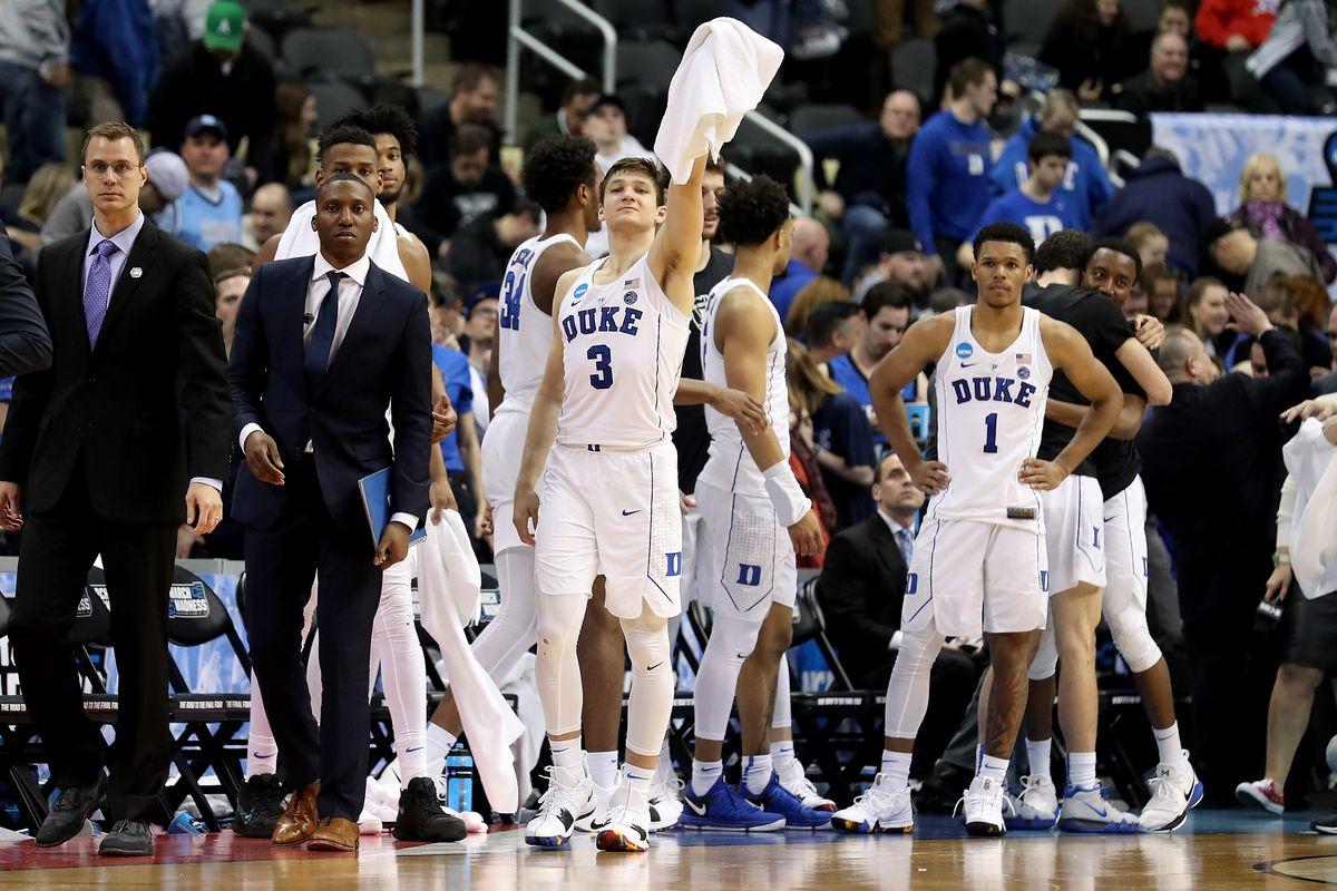 NCAA basketball: Loyola continues impressive run to advance