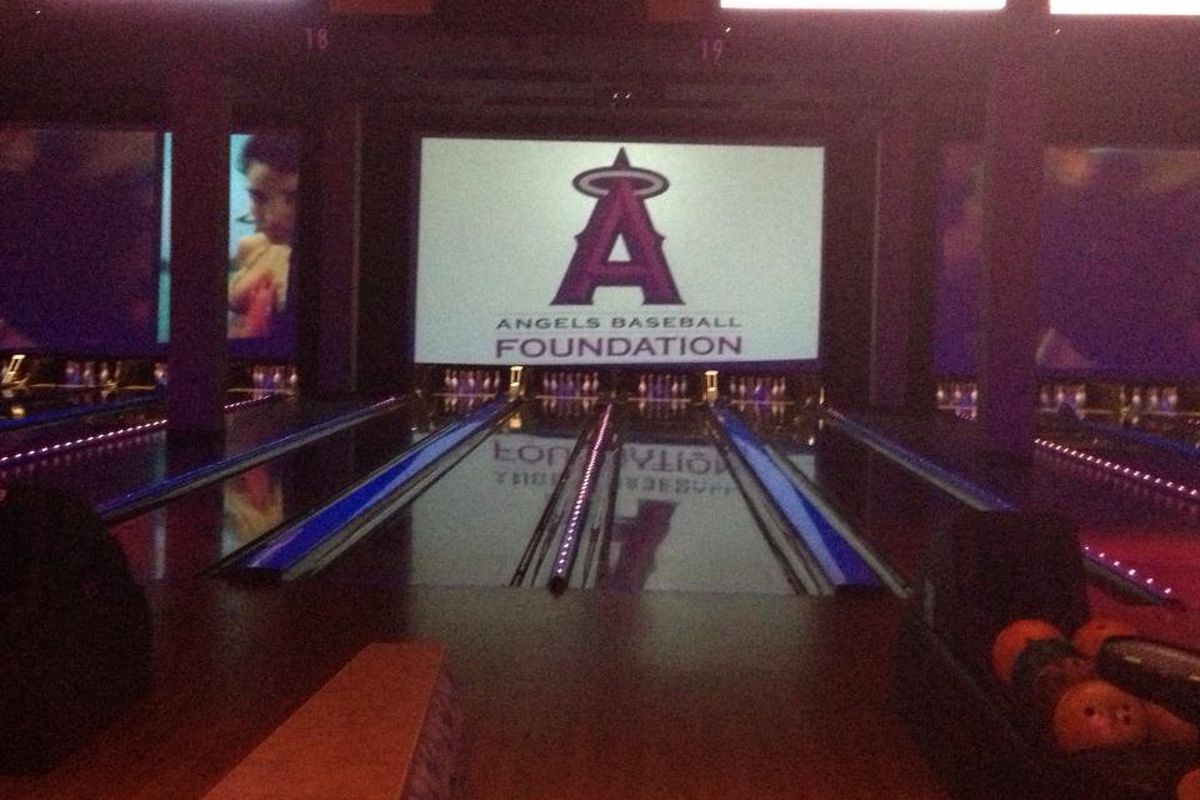 Some poeple say that bowling alleys all look the same... not this one!
