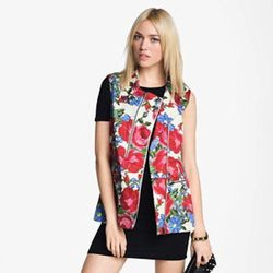 """Jump on the moto trend in the most feminine way possible: This vest marries the """"tough girl"""" shape that's huge right now with floral print, another major trend. <a href=""""http://shop.nordstrom.com/S/mural-utility-vest/3476289?origin=related-3476289-0-1-1-2"""