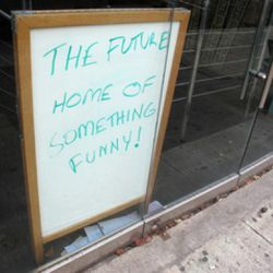 "The Stand via <a href=""http://www.dnainfo.com/20111225/murray-hill-gramercy/stand-restaurant-comedy-club-open-gramercy"" rel=""nofollow"">DNA Info</a>"