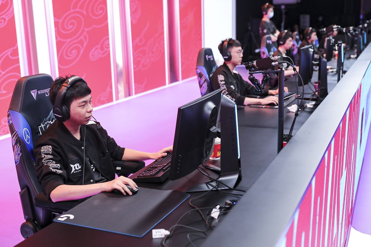 League of Legends – 2020 Worlds Group Stage: Day 4