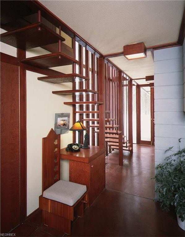 Frank Lloyd Wright's Penfield house is back on the market ...