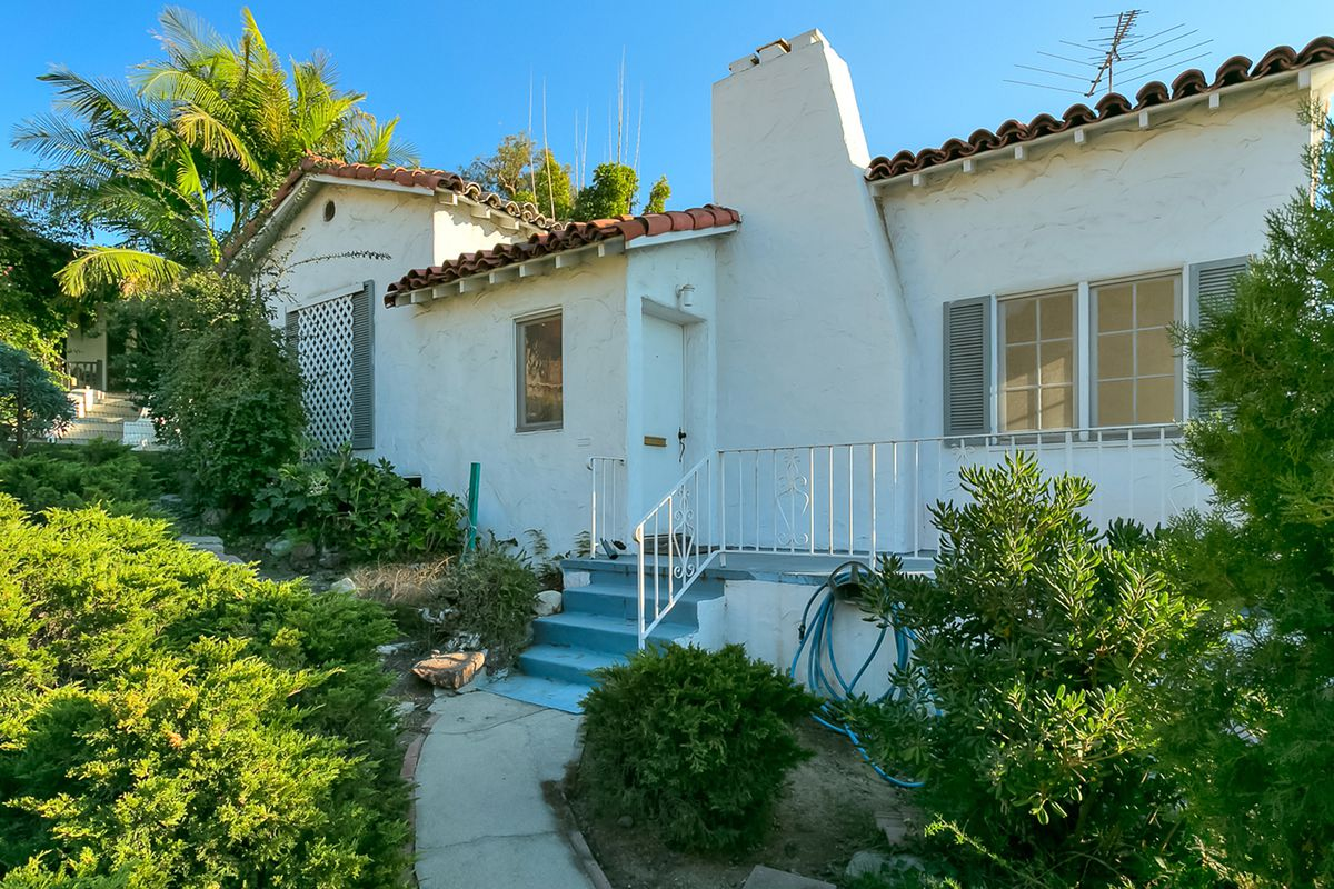Sweet 1920s Spanish cottage for sale in Los Feliz for just under $1M ...
