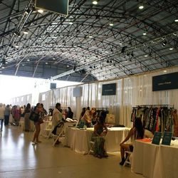Luxe fashion house Versace, Kenneth Cole, eyewear brand Ivory Mason and LA labels like Clover Canyon, Haute Hippie, Planet Blue, Trina Turk, Twelfth Street by Cynthia Vincent, Gorjana and Dogeared Jewelry were just some of the apparel and accessories bran