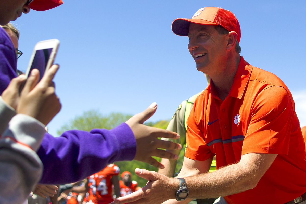 Dabo Swinney gets raise, contract extension at Clemson