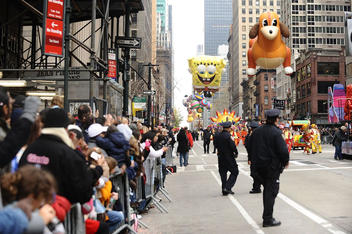 Crowds Gather For New York's Annual Thanksgiving Day Parade