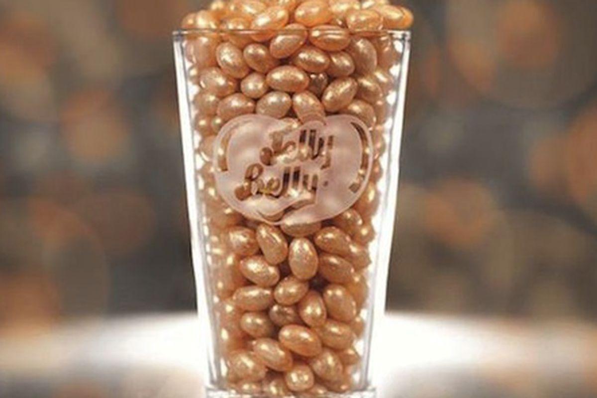 "Photo: <a href=""http://www.mirror.co.uk/news/weird-news/beer-jelly-bean-jelly-belly-3063418"">via</a> Mirror"