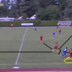 Agnese Bonfantini receives Di Criscio's pass in the half-lane and wastes no time one-touch passing it into Soffia's run outside.