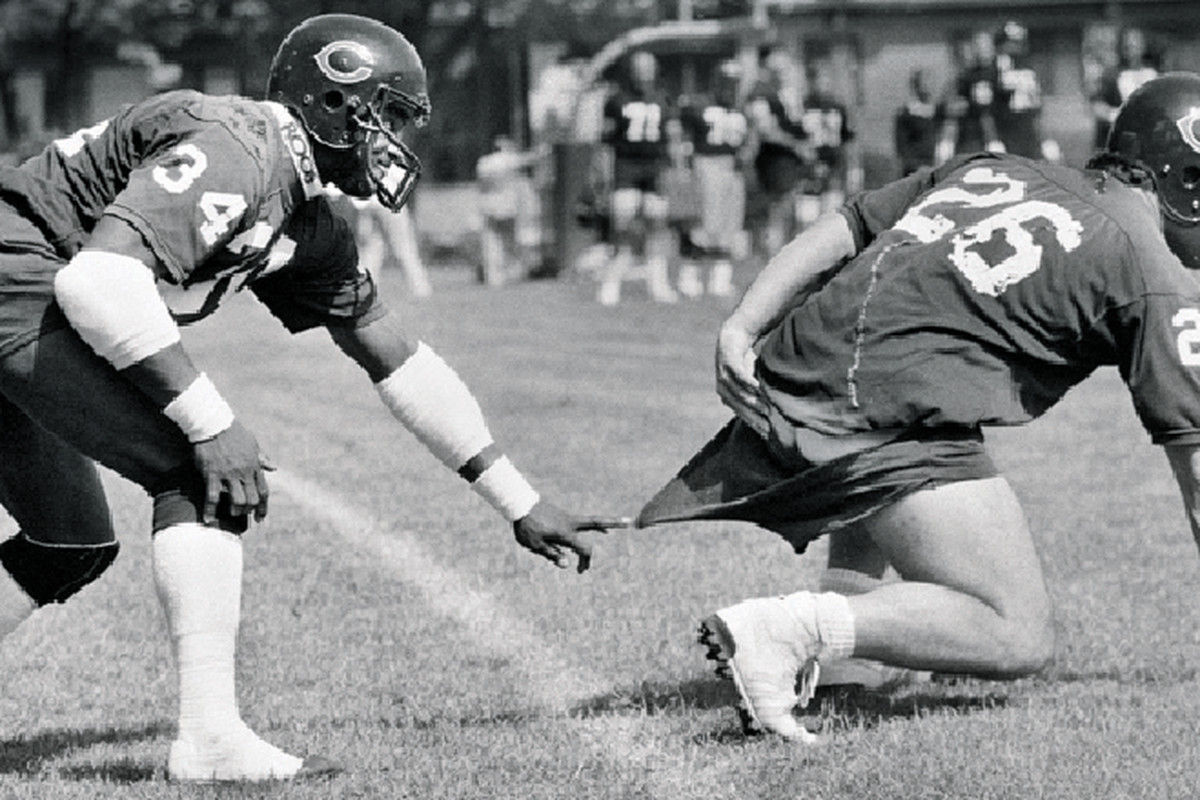 Iconic photos of Chicago Bears' Walter Payton and Matt Suhey have been blessing and curse for local photograp…