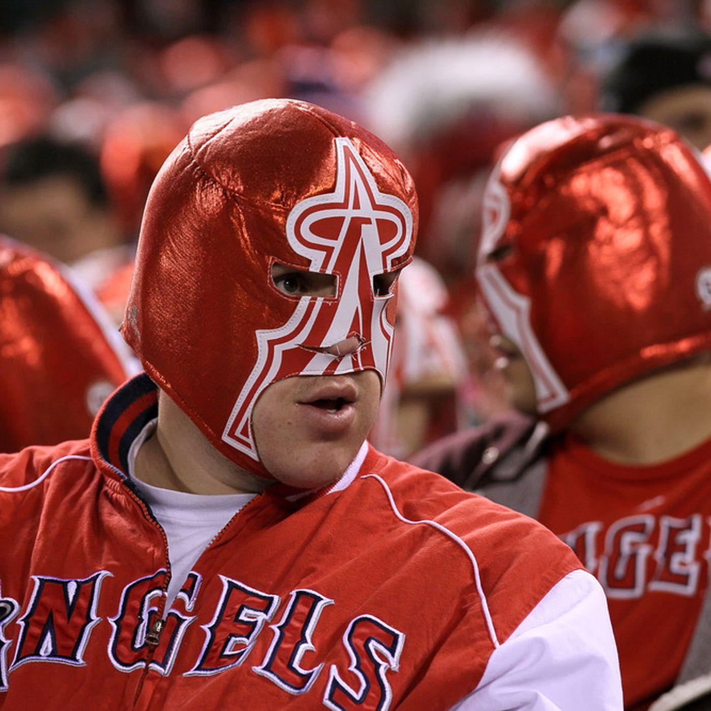 Angel Stadium Crowd Sets Wrestling Mask World Record •Angels 2011 ...